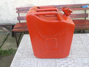 Metalni kanister 20L