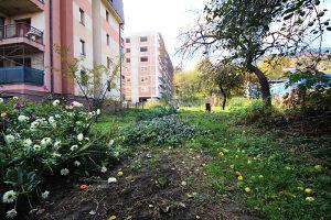 Građevinsko zemljište i stara kuća, Brist, Zenica