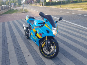 SUZUKI GSX-R K3 K4 1000 TOP STANJE