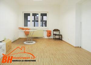 Kancelarijska prostorija 18 m2  centar Tuzla