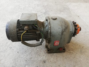 Elektro motor i reduktor