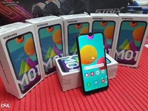 "SAMSUNG 2020 M01 5.7"" 3GB 32GB OCTA CORE GRATIS STAKLO!"