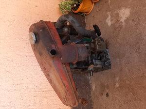 Benzin motor za motokultivator  7ks