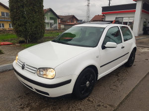 Volkswagen Golf 1.4  16V