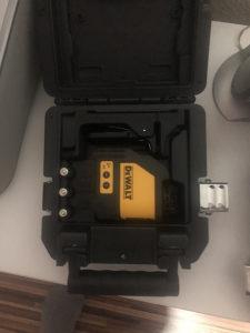Dewalt gradzevinski laser DW088 akcija