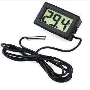 Mini digitalni termometar sa sondom, akvarij, bazen...
