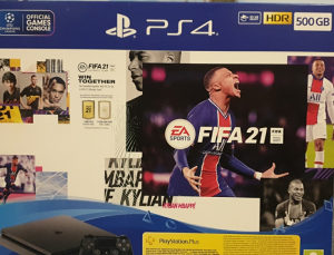 Playstation 4 Slim 500GB + Fifa 21 PS4 Konzola