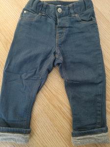 Postavljene pantalone H&M 86