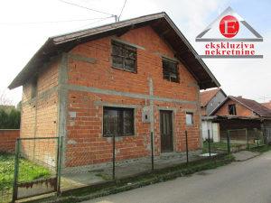 Kuća sa potkrovljem u gradskom naselju ID: 3118/DŠ