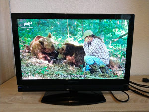 "LED TV 22"" HD Grundig VGA USB SCART HDMI"