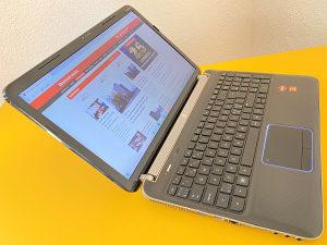 """Laptop HP 15.6"""" AMD Quad-Core /SSD 128GB/8GB/2 grafike"""