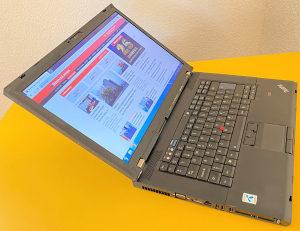 "Laptop Lenovo 15.6"" Core2Duo 2.40 /500GB/4GB/IntelHD"