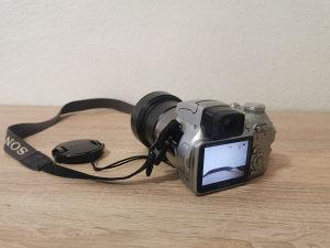 Digitalni fotoaparat Sony SteadyShot DSC-H1 5.1mpx FOTO
