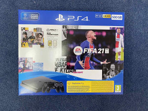 PLAY STATION 4 500gb PLUS FIFA 21 PLUS 2 CONTROLLERA