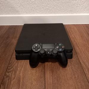 Sony Playstation 4 PS4 1 TB + Fortnite