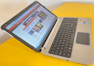 """Laptop HP 15.6"""" i5-2410M 2.90 /SSHD 1TB/8GB/2 grafike"""