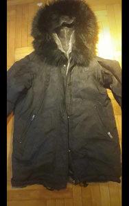 Zimska zenska jakna PULL AND BEAR