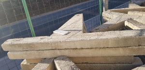 Betonske koze za granitne ploce velike.Cjena po paru