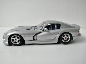 Burago Dodge Viper GTS Coupe 1/24