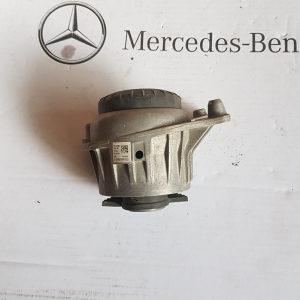 Nosac motora mercedes C w205
