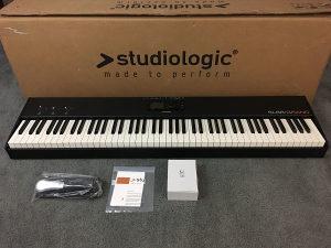 Studiologic SL88 Grand MIDI kontroler