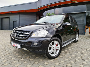 Mercedes-Benz ML 320CDI/4x4/NAVI/PARK/FULL