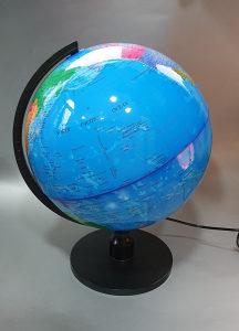 Globus sa svjetlom