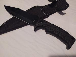 Lovački nož MF012 / Noževi
