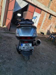 Honda silver wing 600 MOZE ZAMJENA