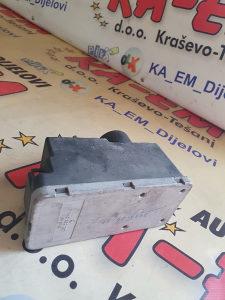 Kompresor zaključavanja 1H0962257 VW GOLF III 91-97.g K