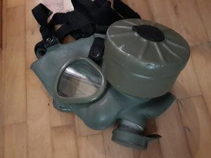 Gas maska ispravna(sa filterom)