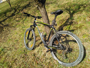 Specialized Hardrock Sport Biciklo