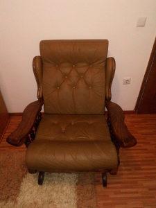 Fotelja za ljuljanje kožna