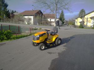 Traktor kosilica Cub Cadet