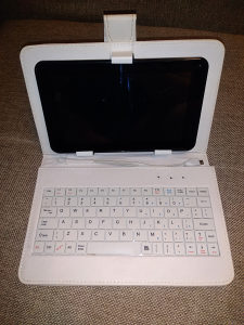 Tablet 2look sa tastaturom