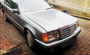 Mercedes-Benz E 200 W124 Daimler