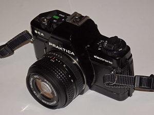 Analogni foto aparat Praktica BCA Elektronic