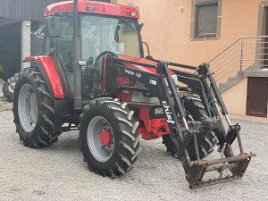 Traktor McCormick CX 85