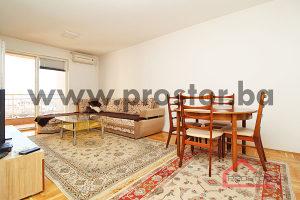 PROSTOR prodaje: Dvosoban stan sa balkonom, Stup