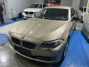 BMW F10 520D, 2.0 DIZEL, VELIKA NAVI, ALU FELGE, XENON
