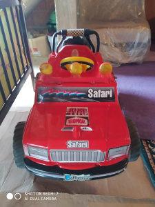 Igračka auto