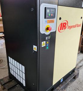 Polovni vijčani kompresor Ingersoll-Rand 11kW