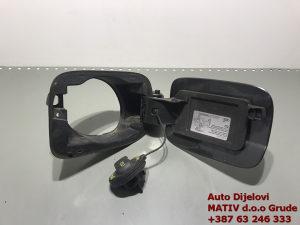 Poklopac REZERVARA Audi A4 B8 8K0809999A 8K0010508CS