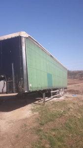 Poluprikolica za kamion