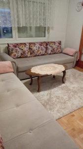 2 Kauč na razvlacenje