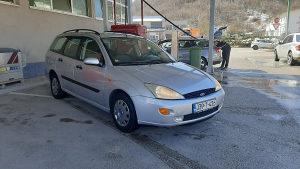 Ford Focus 1.8 tddi 55kw 2001 god reg 8/2021 god ekstra