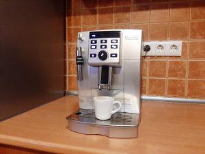 Kafe aparat De longhi magnifica S