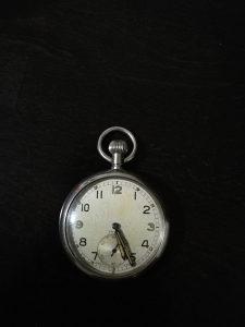 Vojni sat Doxa / 1940 g. /ispravan