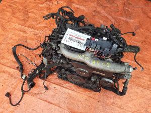 AUDI A5 2.7tdi 2009god   - MOTOR
