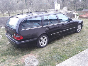 Mercedes-Benz W210 e270 Avantgarde